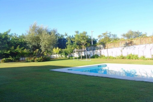 Luxusvilla kaufen in Marbella, Golden Mile, mit Meerblick, Garten ...