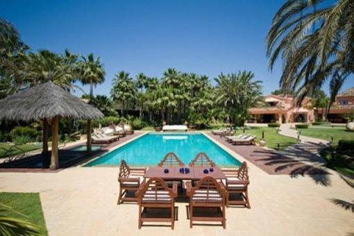 Majestätische Villa mit privatem Pool und...