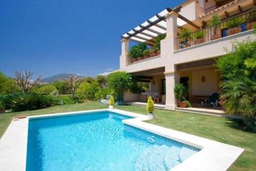 Luxus-Wohnung mit privatem Pool in Marbella