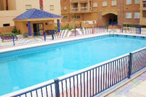 Komplett möbliertes Apartment mit Pool in Strandnähe