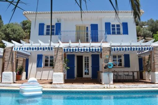 Wunderschöne Villa im provenzalischen Stil erbaut