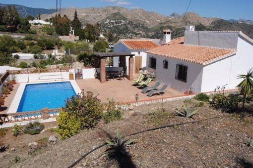 Rustikale Villa mit Pool in Cómpeta, Málaga