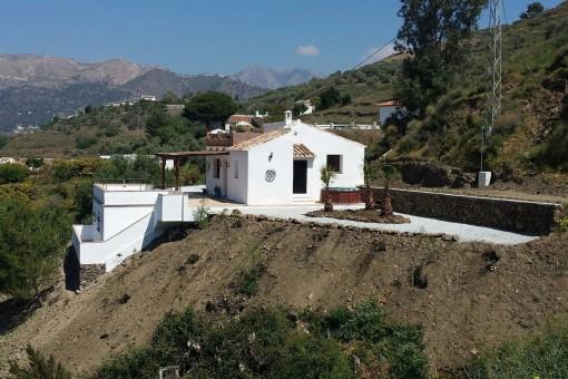 Traumhafte Finca mit Berg- und Meerblick in Torrox, Málaga