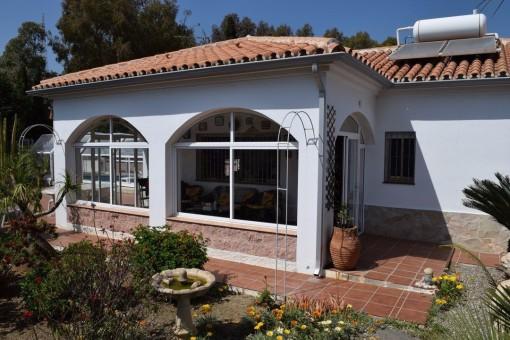 Stilvolle Villa mit Pool und Meerblick in Chilches-Costa, Vélez-Málaga