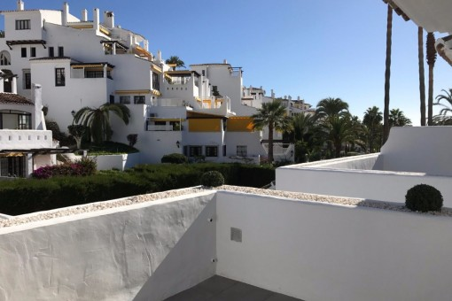 Neue in modernem Stil renovierte Apartments nur wenige Gehminuten von Puerto Banus entfernt