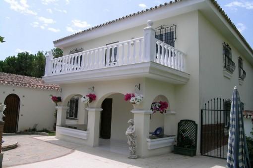 Ferienwohnungen (B&B) und freistehende Villa, nahe des Strandes von Elviria