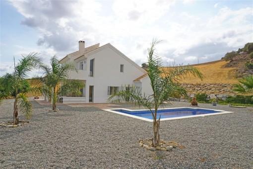 Moderne Finca für Pferdeliebhaber mit großem Grundstück in Álora, Malaga