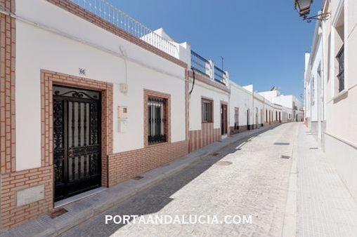 Typisch andalusisches Stadthaus in Ayamonte
