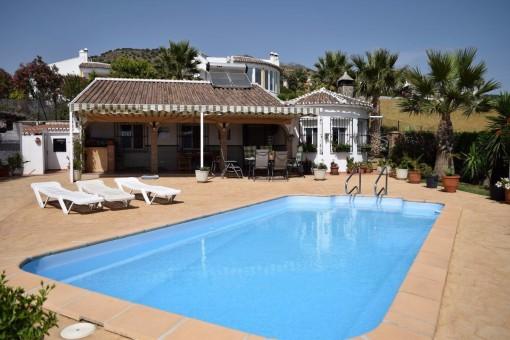 Stilvolle Villa mit Pool in Alcaucín, Andalusien