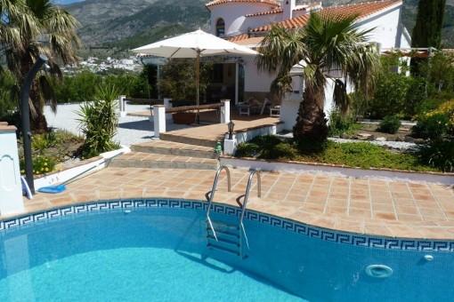 Wundervolle Villa mit traumhaften Panoramablick auf die Berge und das Mittelmeer