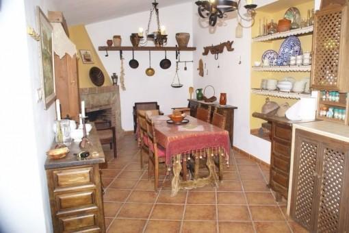 Die einzigartige Küche mit Kamin