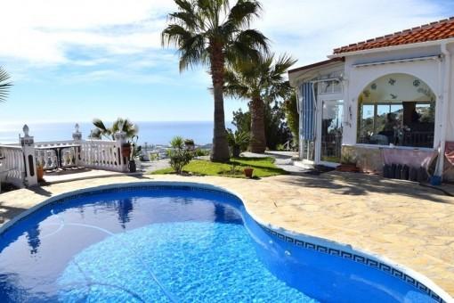 Traumhafte Villa mit spektakulärem Meerblick und Pool in Arenas (Málaga)