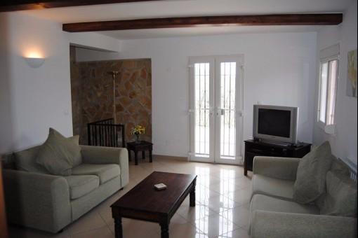 Grosse und helle Wohnzimmer