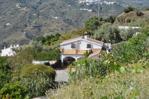 Villa mit Pool und traumhaftem Bergblick in Sayalonga, Vélez-Málaga
