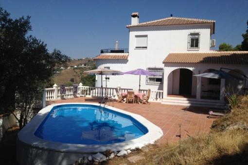 Attraktive Villa mit privatem Pool in Cómpeta, Málaga