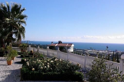 Traumhaftes Landhaus mit Gästehaus und atemberaubender Aussicht auf das Meer in Algarrobo, Málaga