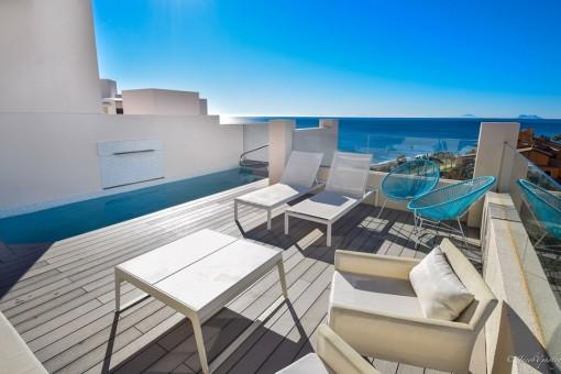 neubau penthouse 1 strandlinie zum kauf in estepona. Black Bedroom Furniture Sets. Home Design Ideas