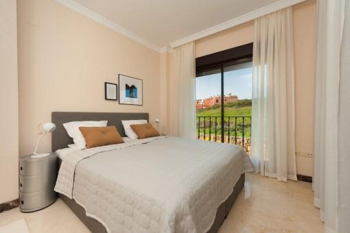 kaufen neubau von 45 freistehenden und doppelhaush lften in einer himmlischen golf anlage. Black Bedroom Furniture Sets. Home Design Ideas