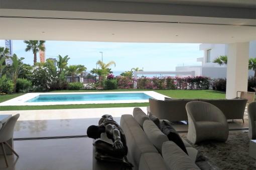 Wohnzimmer mit  Pool