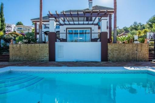 Traumhafte Villa am Golfplatz in Mijas