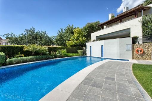 Alternativer Anblick vom Poolbereich