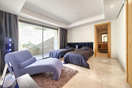 Geräumiges Gästezimer mit Badezimmer en Suite