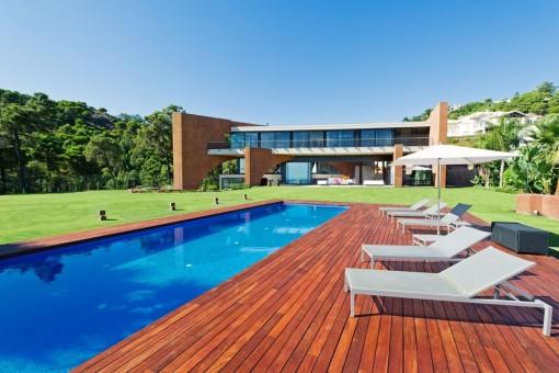 Spektakuläre moderne Villa in Benahavís