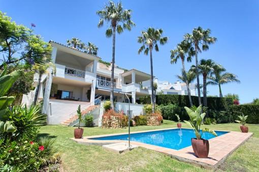 Optimal gelegene Villa in der Wohngegend von Rio Real Golf, in der Nähe von Marbella