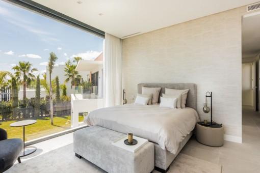 Zweites Doppelschlafzimmer mit Panoramafenstern