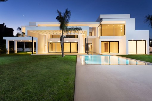 Villa Ribera in Casasola, ein perfekt gelegenes Bauprojekt