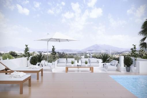 Eleganter Poolbereich mit Ausblick