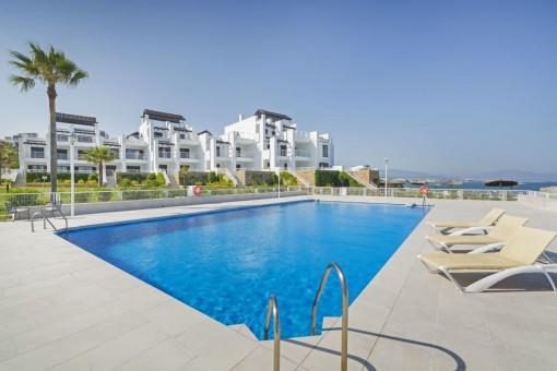Neue Erdgeschosswohnung mit Meerblick direkt am Strand in Casares