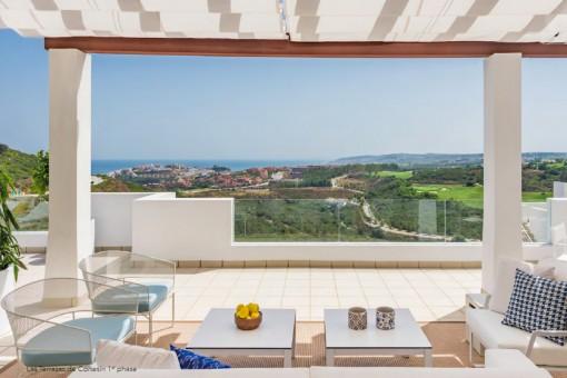 Fantastisches Neubauapartment mit 2 Schlafzimmern direkt am Golfplatz in Casares gelegen