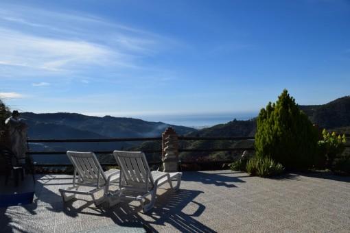 Wunderschönes Landhaus in Arenas mit Panoramablick über die Berge und das Meer