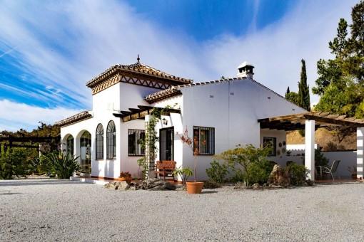 Villa in Viñuela mit spektakulärem Blick auf den See