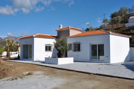 Neu renovierte Villa, 10 Autominuten vom Dorf Cómpeta entfernt