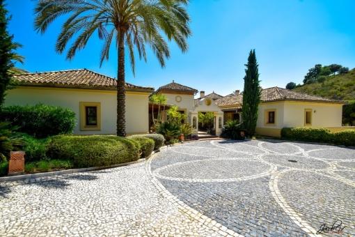 Fantastische Villa mit herrlichem Blick von der Terrasse in La Zagaleta