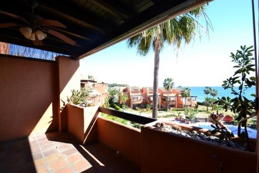 Wohnung mit 3 Schlafzimmern und Meerblick in Estepona